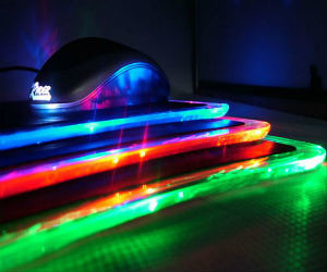 LED-mouse-pad-with-USB-ports
